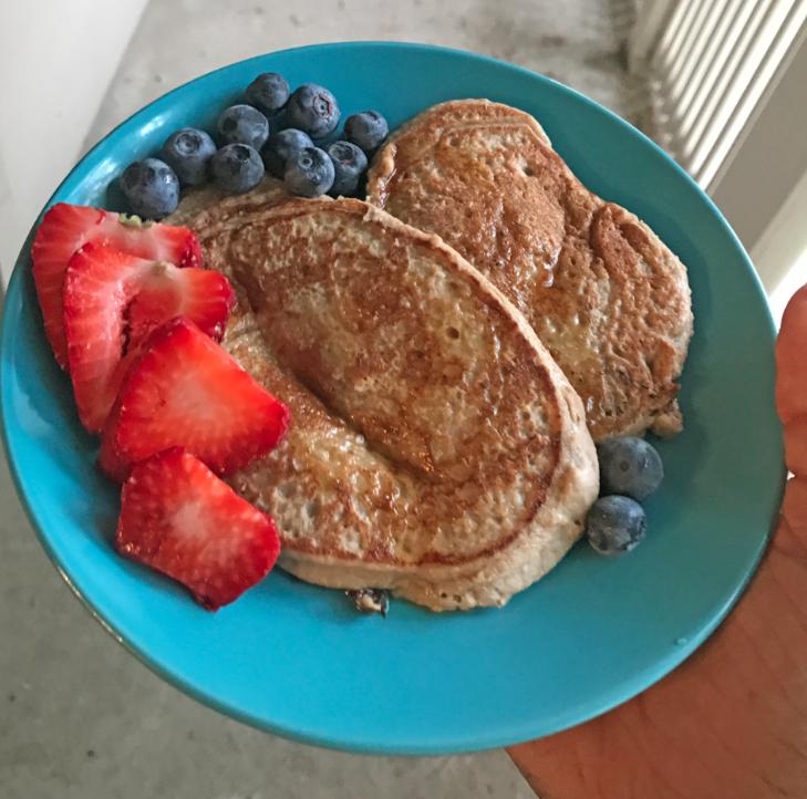 Vegan Oatmeal Banana Pancakes